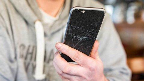 NanoSkin: Handy-Sticker sorgt angeblich für 20 Prozent längere Laufzeit