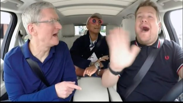 """Apples """"Carpool Karaoke"""" mit wechselnden Gastgebern und Nicht-Musikern"""