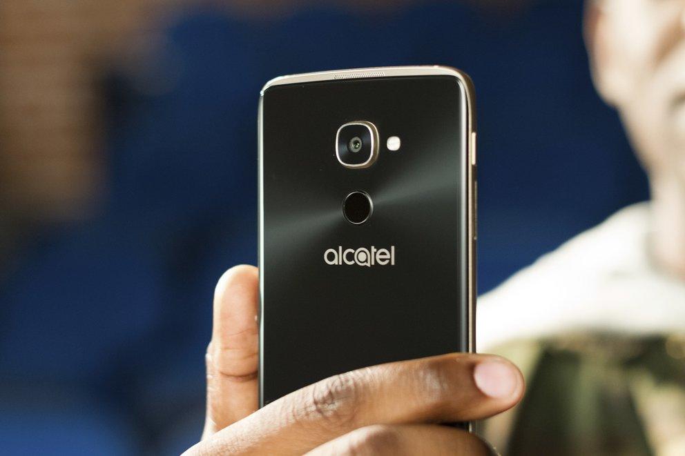 Alcatel-IDOL-4-Pro-Titel