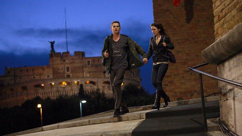 Hayden Christensen (Davy) und Rachel Bilson (Millie) in Jumper 1 // C 20th Century Fox