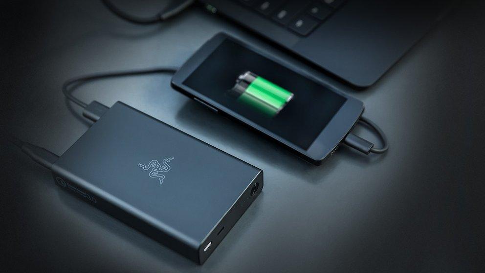 Razer-Power-Bank-Smartphone
