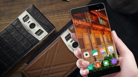 10 günstige Smartphone-Exoten mit Spezialtalenten: Vom Vertu-Klon bis hin zum stärksten Ak