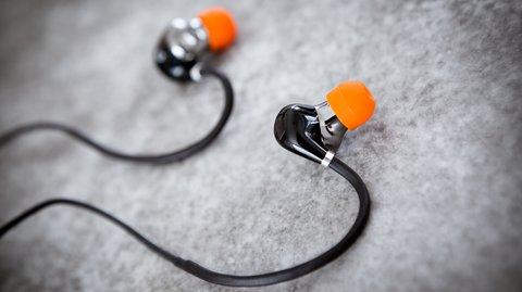 Exklusiv: 25 % Rabatt auf DOCKIN D Move Bluetooth In-Ear-Kopfhörer