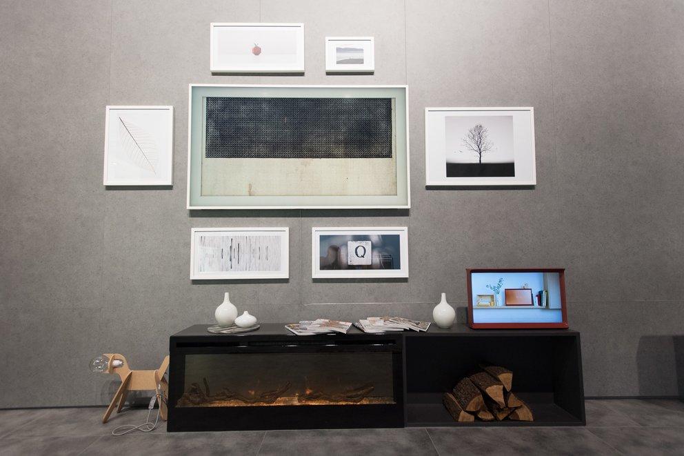 Wo ist der Fernseher hin? Samsungs Frame TV sieht aus wie ein Gemälde und dient auch als Display für Kunstwerke (Quelle: Samsung)