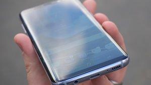 Nachfolger des Galaxy S9: Randlos-Smartphone mit Löchern im Display?