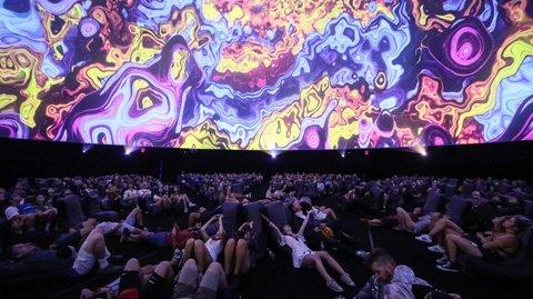 Coachella 2017: Die größte Projektionskuppel der Welt ist einfach nur irre