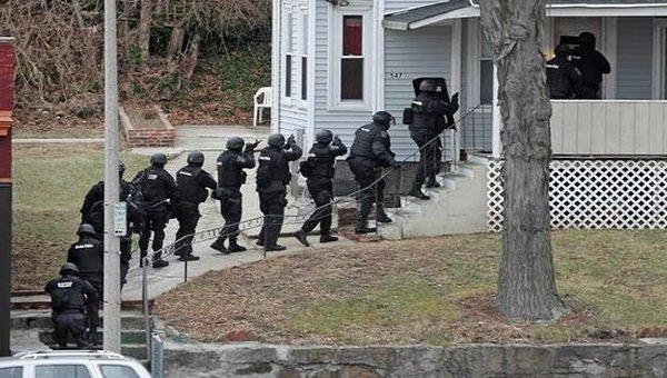 SWATting: Falschmeldung hetzt SWAT-Team auf Streamer