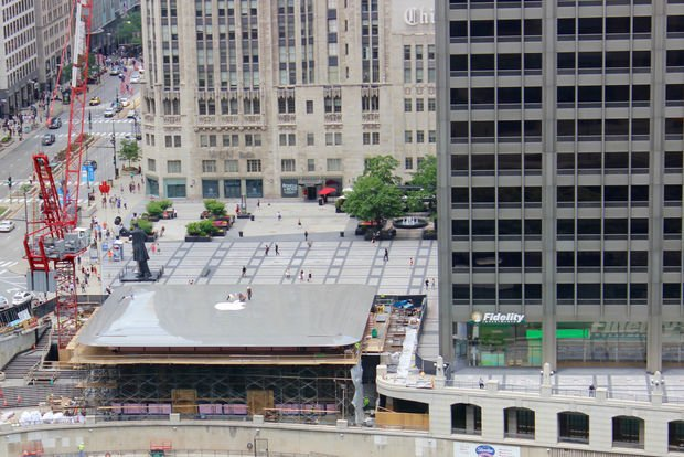 Neuer Apple Store in Chicago erinnert an ein MacBook Air