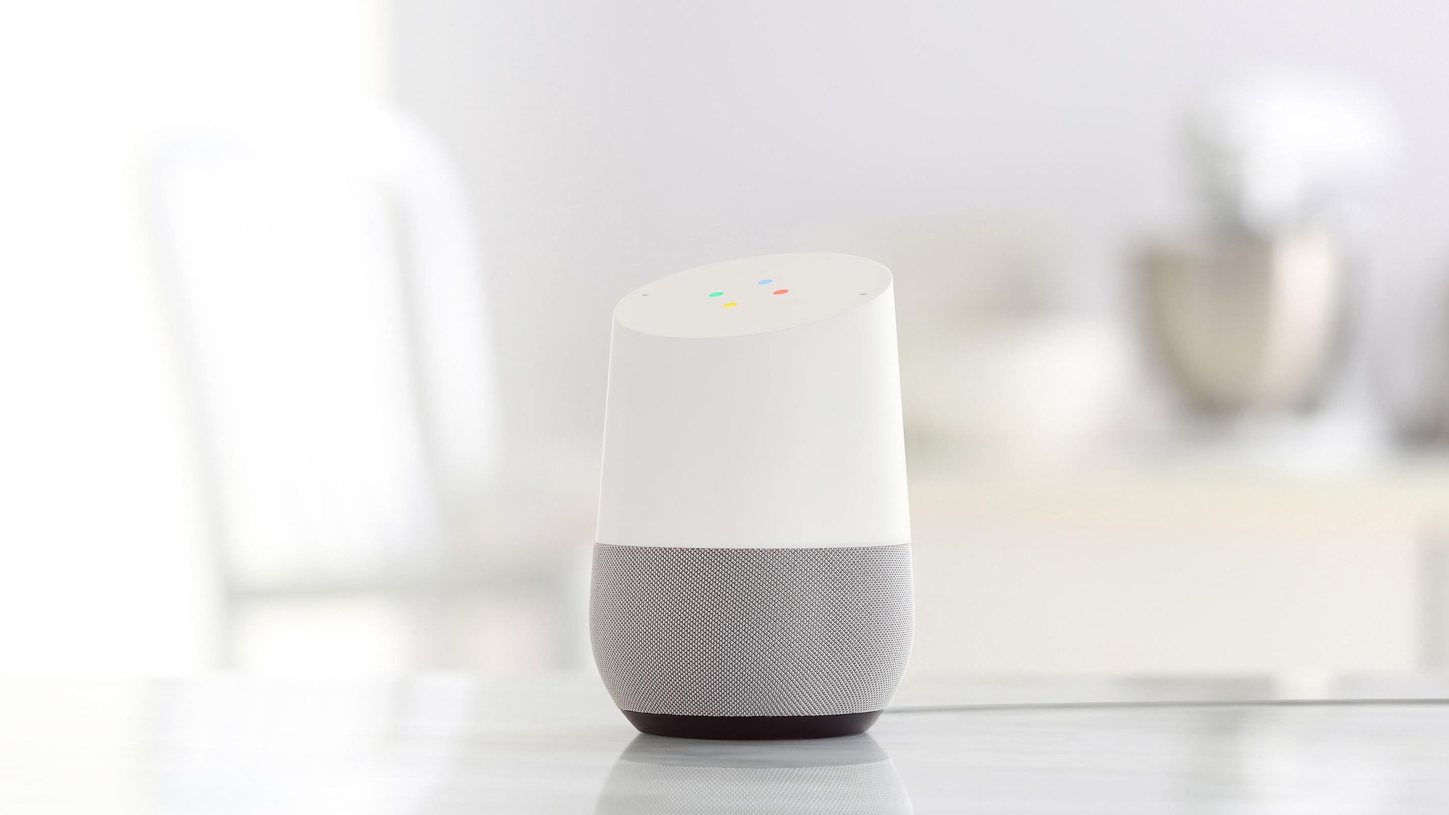 Google Home Mit Google Home Und Smarten Lampen Kann Man Das Licht Im  Wahrsten Sinne Anschreien U2026 Und Auch Wieder Aus // ©Google Inc.