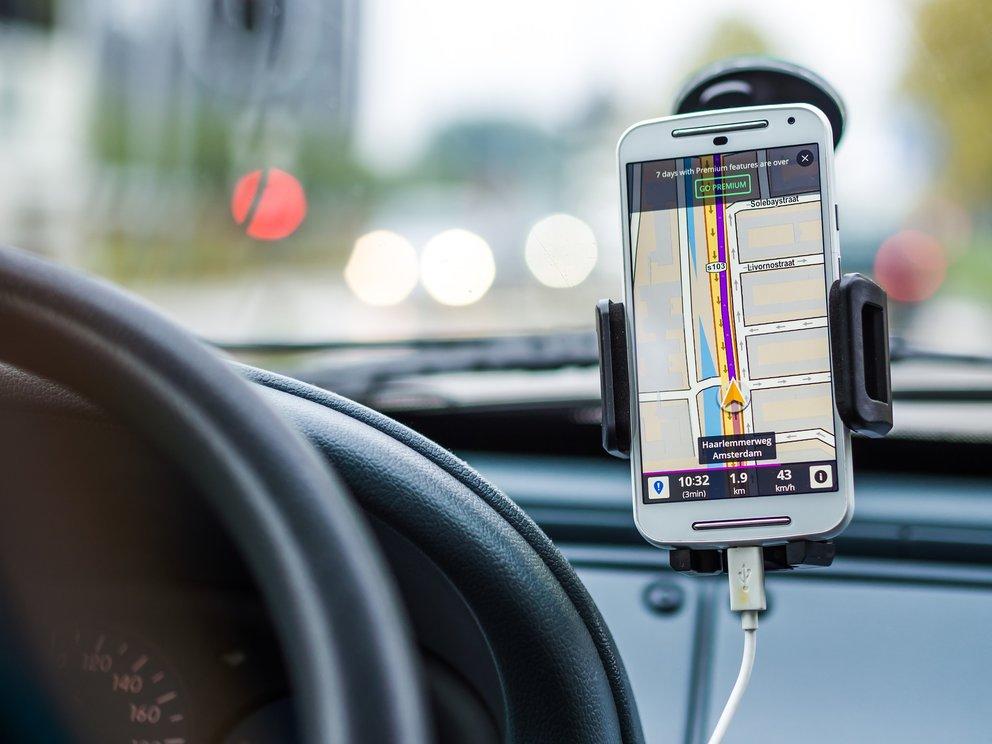 Smartphones Mit Gps Das Solltet Ihr Für Guten Navi Empfang Wissen