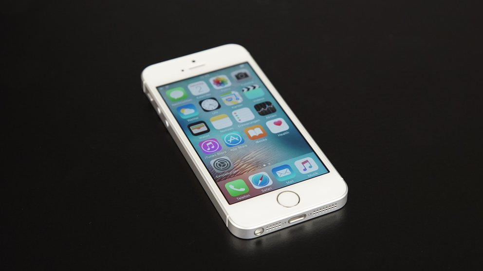 Kompakt, flott und womöglich das Letzte seiner Art: Das iPhone SE mit 4-Zoll-Display wurde 2016 vorgestellt