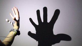 Vier Finger und zwei Daumen: Studentin entwickelt neue Prothese