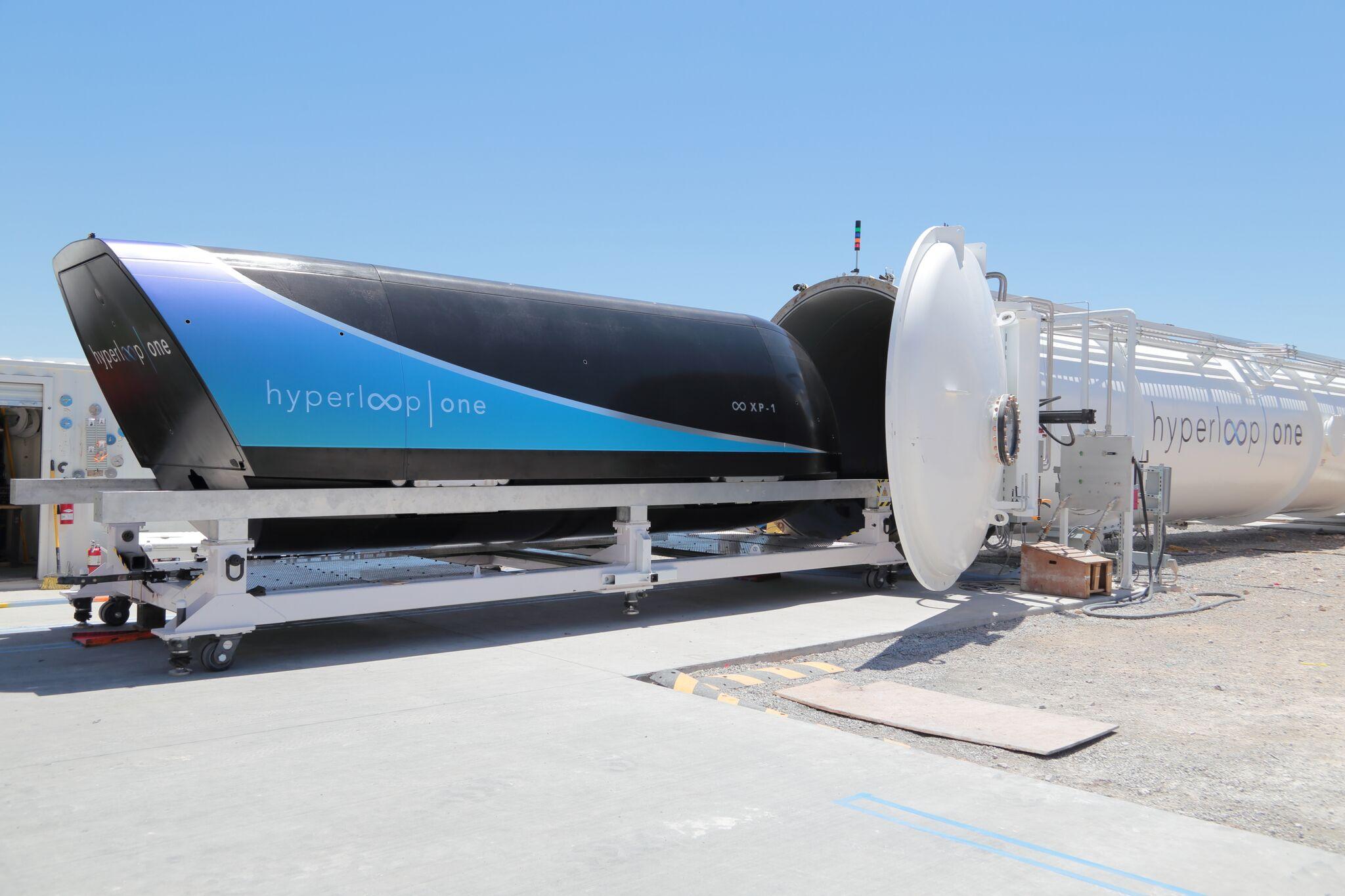 Hyperloop One: Die Passagierkapsel ist so schnell wie ein Rennwagen ...