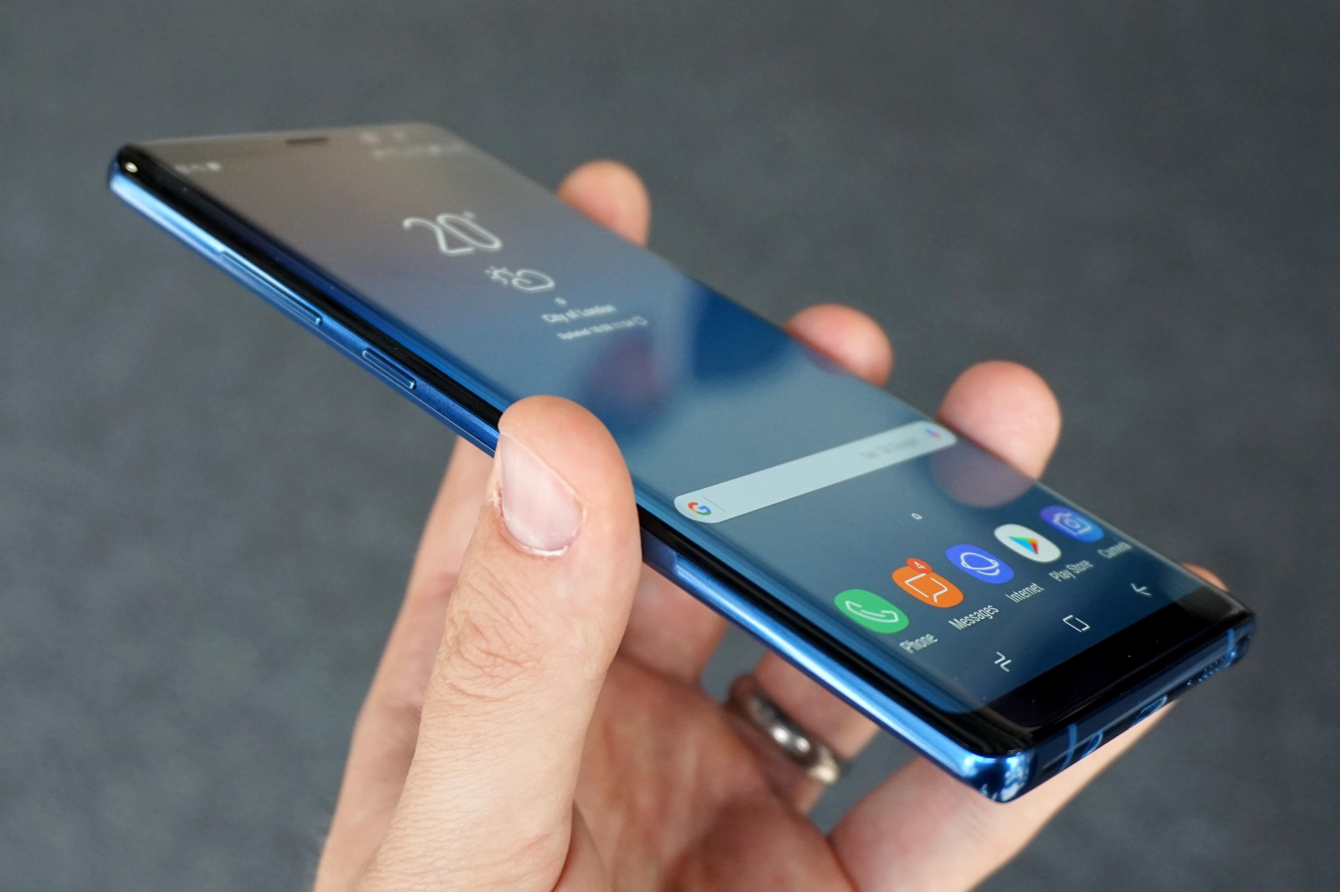 Nachfolger des Galaxy X Geheimes Samsung Smartphone macht uns sprachlos – GIGA