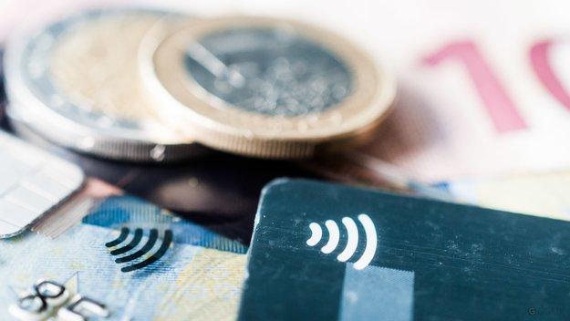 """""""Ich hasse Bargeld"""": Umfrage zu kontaktlosem Bezahlen mit Apple Pay, PayPal, V Pay etc."""