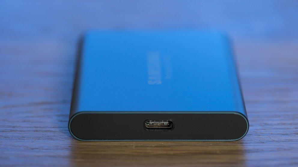 Der USB-C-Port ist einen Tick zu hoch – aber wir wollen mal nicht so sein.