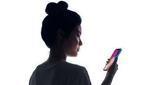 Face ID im iPhone X vs. Touch ID: Was ist schneller?