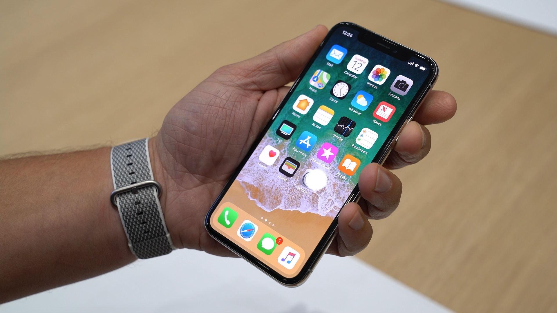 Apple iPhone 8 - Leak des finalen iOS 11 verrät iPhone X