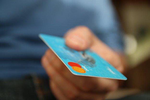 Ergebnis der GIGA-Umfrage: So denkt ihr über kontaktloses Bezahlen