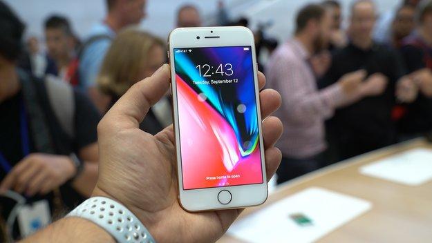iPhone 8 (Plus) mit Vertrag: Jetzt auch in Rot günstig erhältlich