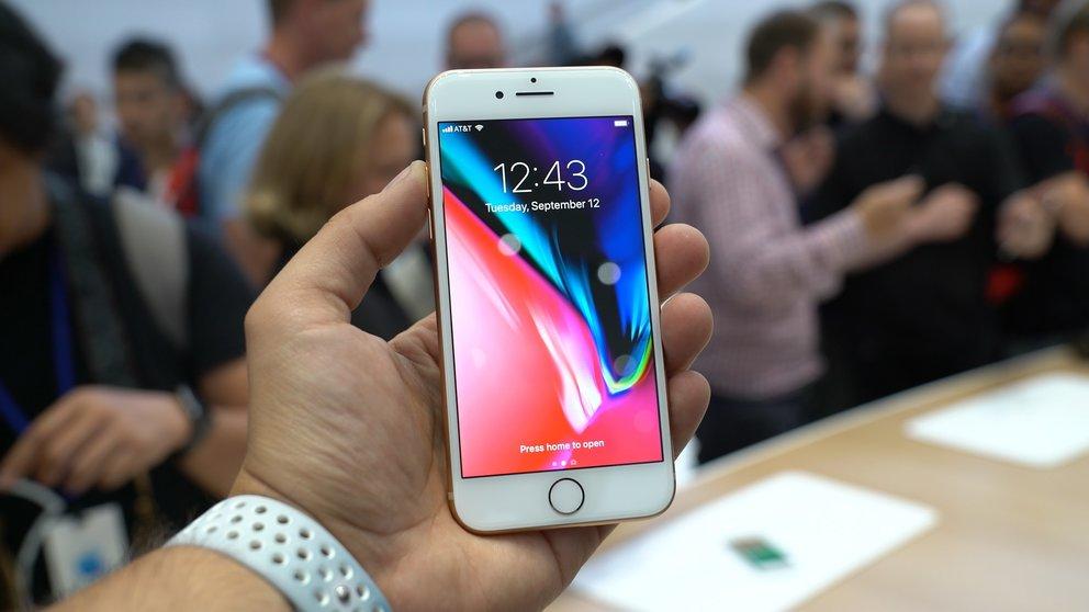 Iphone 8 Plus Mit Vertrag Jetzt Auch In Rot Günstig Erhältlich Giga