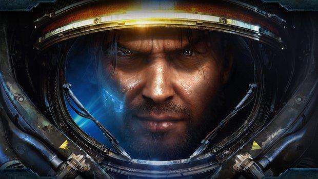 Starcraft: Profispieler holt sich Sieg mit den Füßen