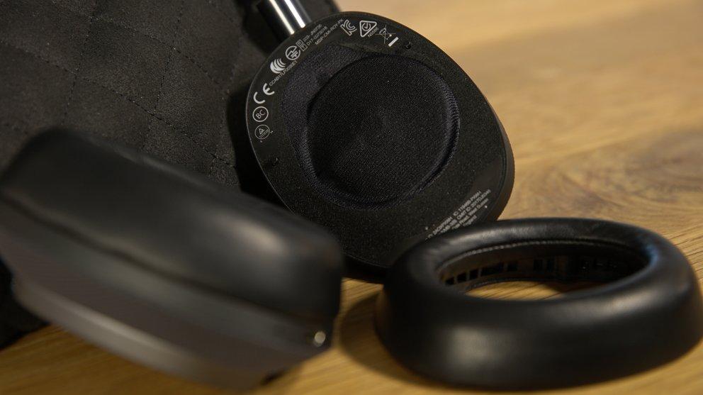 Abnehmbare Ohrpolster mit Magnetverschluss, angewinkelte Treibereinheiten: Willkommen in der Luxusklasse (Quelle: Hersteller)