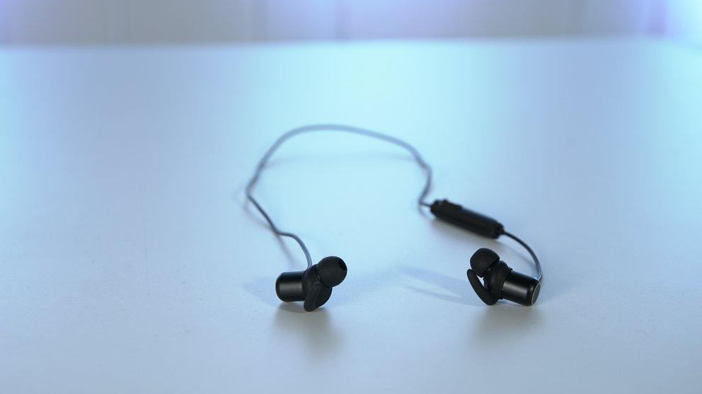 Anker Soundbuds Slim: Schlanker Einsteiger Kopfhörer mit Bluetooth (Quelle: GIGA)