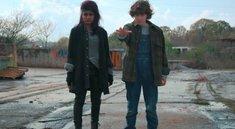"""Stranger Things""-Fans lassen Smartphones auf den Boden fallen – das steckt dahinter"
