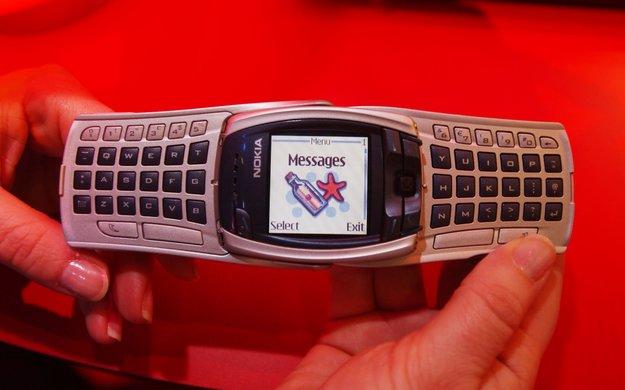 WhatsApp ist schuld? Keine Partystimmung zum SMS-Geburtstag