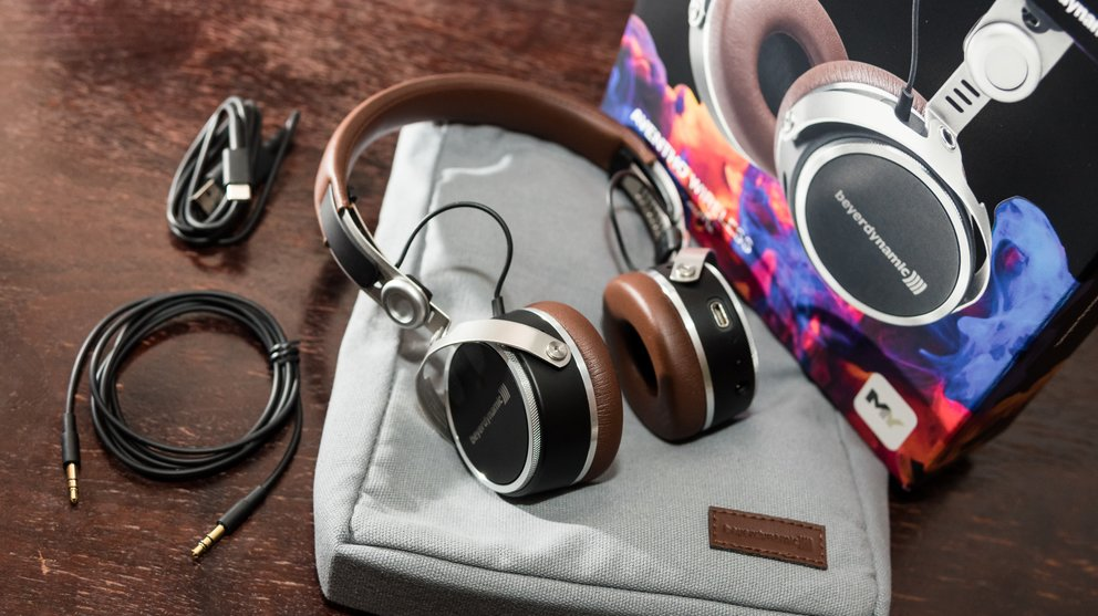 beyerdynamic-aventho-wireless-test-lieferumfang-kopfhoerer