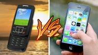 7 Situationen, in denen alte Handys aktuelle Smartphones in die Tasche stecken