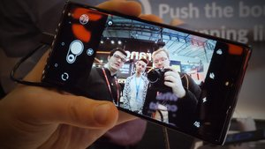 Alcatel 5 im Hands-On-Video: Android-Smartphone mit genialer Selfie-Kamera