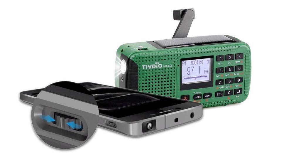 Amazon-Angebote: Smartphone mit Projektor, Radio und Powerbank mit Handkurbel, mobiler Hotspot