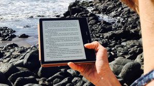 Kindle Oasis im Test: Was bietet der Luxus-Reader von Amazon?