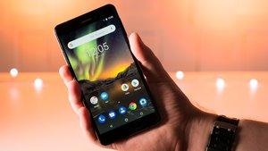 Nokia 6.1 in Bildern: Schwarze Schönheit mit einem Tupfer Kupfer