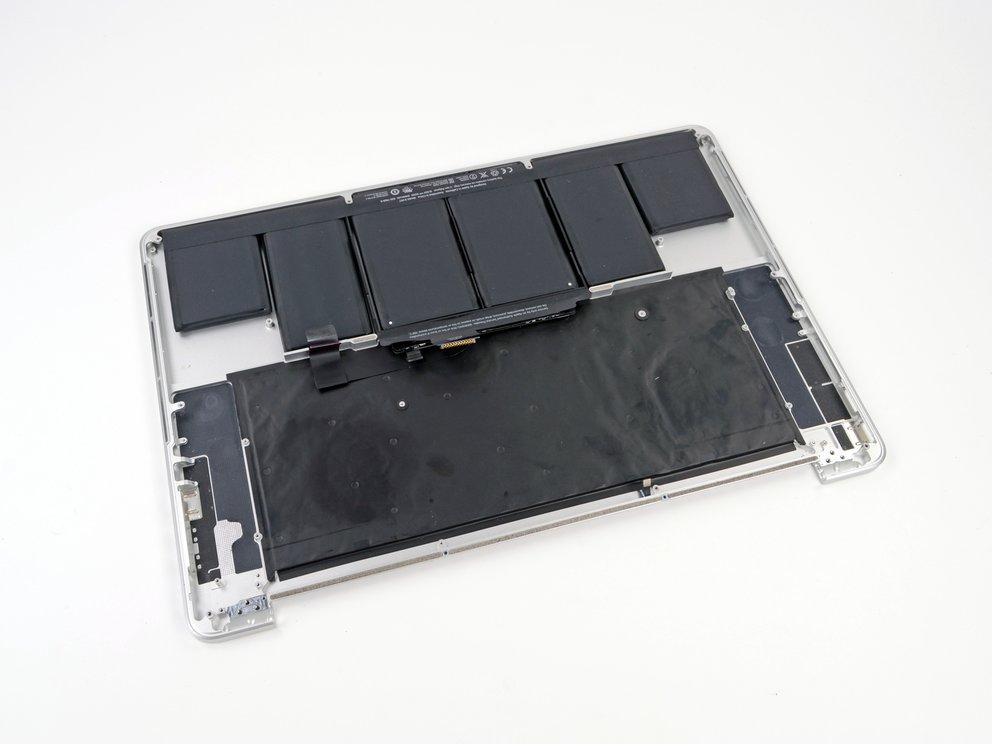 MacBook mit verklebtem Akku: Apple hat endlich genug Ersatzteile