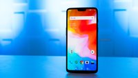 Galaxy S10 geschlagen: OnePlus 6T zeigt Samsung, wie es richtig geht