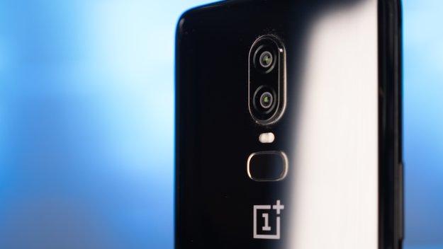 OnePlus in Sektlaune: Handyhersteller feiert riesigen Erfolg