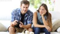 Beziehung mit einem Gamer: So bekommst du seine Aufmerksamkeit