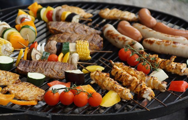 Fünf Grill-Apps für das perfekte Barbeque (Android & iOS): Rezepte, Grill-Steuerung und das ideale Steak