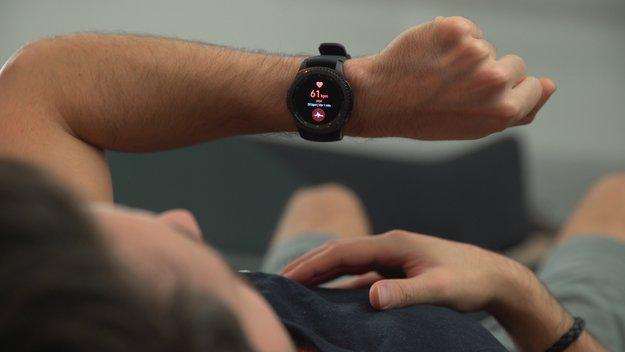 Samsung Gear S3 im Preisverfall: Smartwatch mit induktiver Powerbank günstig erhältlich
