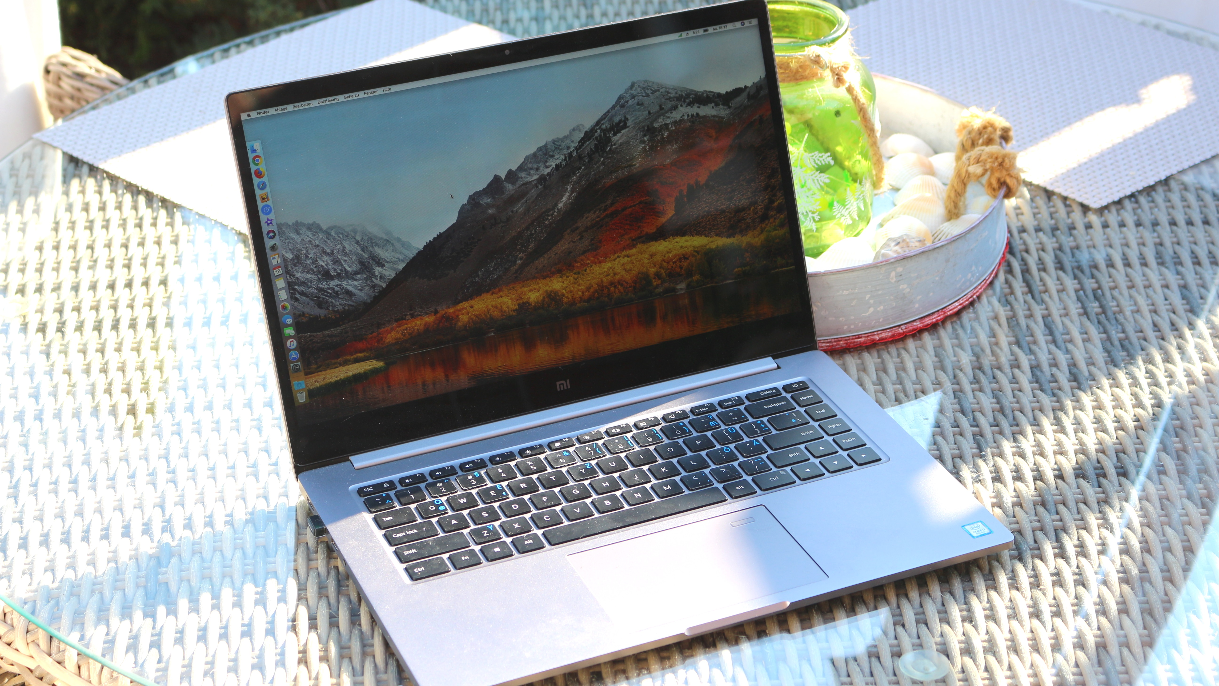 Xiaomi Mi Notebook Pro Hackintosh q giga 01