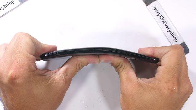 Oppo Find X: Härtetest enthüllt größte Schwäche von Randlos-Smartphones