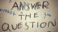 Answer the Question: Siebenjährige programmiert eigenes Mathe-Spiel