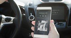 Handy mit Autoradio verbinden: So geht's über USB, AUX-Kabel & Bluetooth