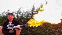 YouTuber wird von der Polizei besucht, weil er mit einem Flammenwerfer spielt