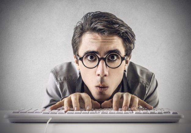 """Was ist ein """"Geek""""? Wo ist der Unterschied zum """"Nerd""""? Die Bedeutung"""
