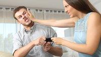 Liebes-Killer Smartphone: Diesen einfachen Tipp geben Paar-Experten, um die Beziehung zu retten
