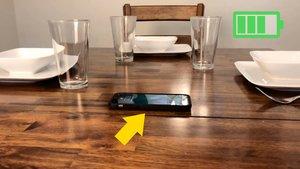 Schreibtisch lädt Smartphone-Akku auf: Dieses unsichtbare Gadget macht es möglich